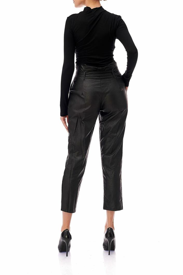 Pantaloni piele ecologica
