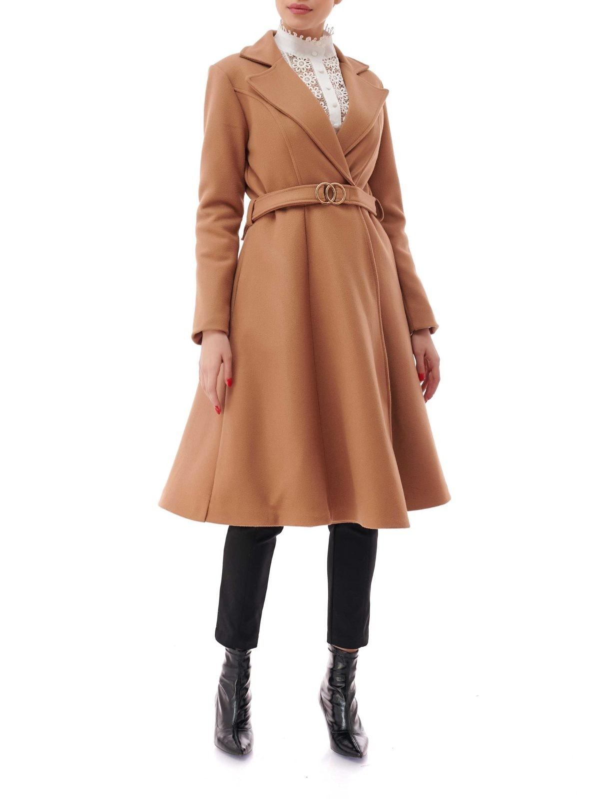 Palton elegant evazat cu buzunare